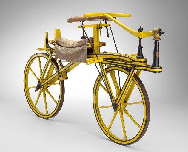 Kaksisataa vuotta kaksipyöräisellä